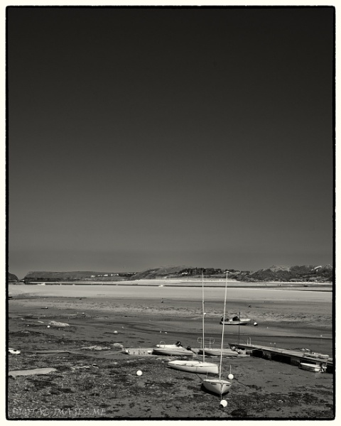 Low Tide by Alan_Baseley
