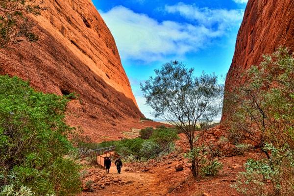 Uluru - 17. by WesternRed