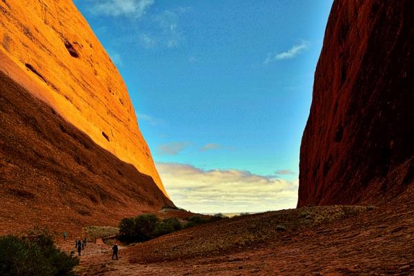 Uluru - 18. by WesternRed