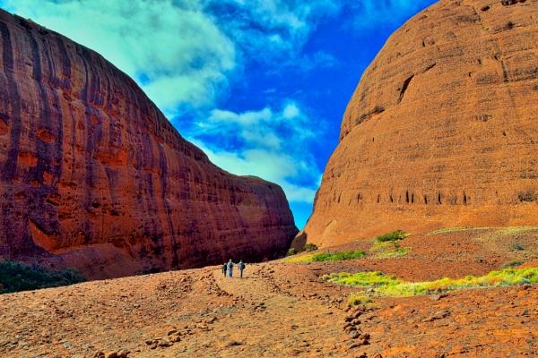 Uluru - 19. by WesternRed