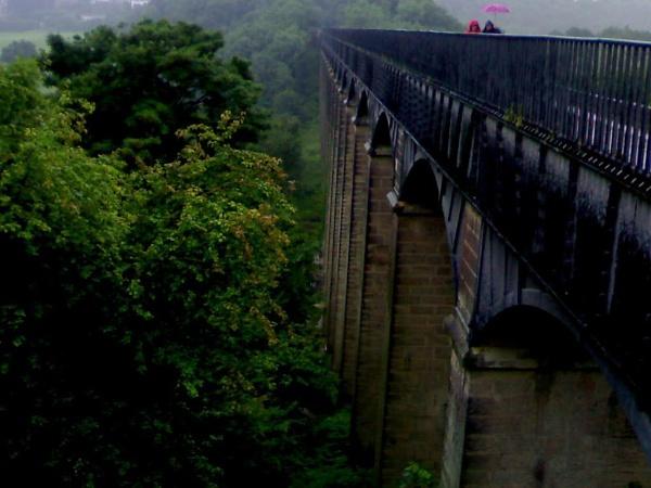 Pontcysyllte Aqueduct by jackndanni