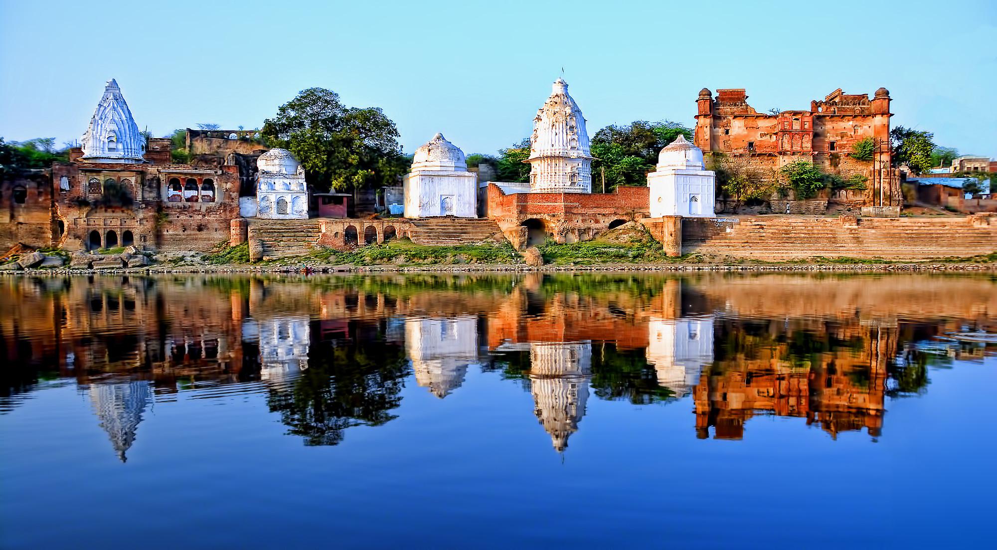 101 Shiva Temples in Bateswar