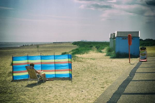 Fading summer memories by Alfie_P