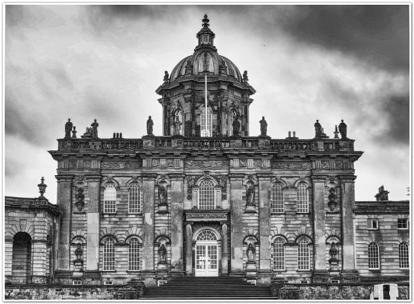 Castle Howard by DaveRyder
