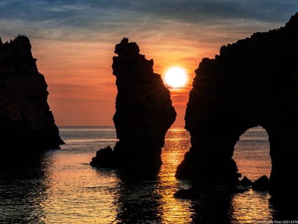Sunrise at Ponta da Piedade, Algarve by Neopolis