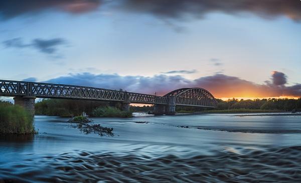 Rail bridge by Dallachy