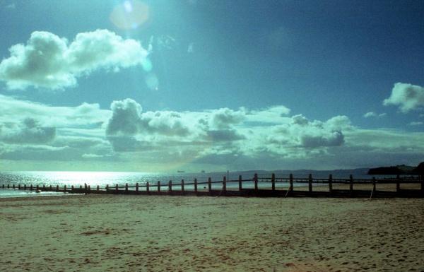 Dawlish Warren beach- looking out to QM2 by Hamlin
