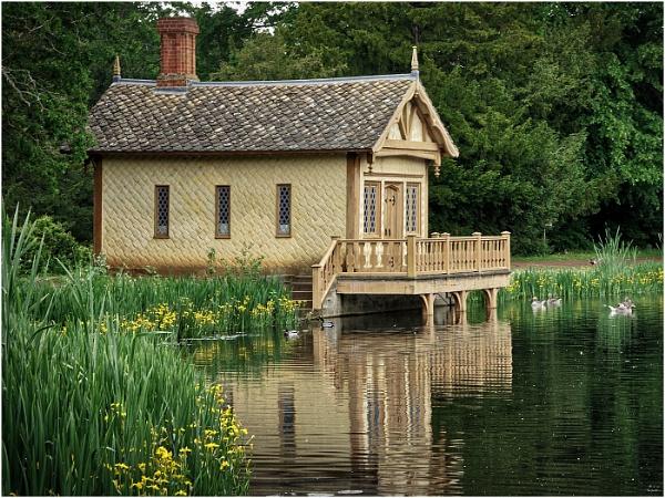 Belton Lake House by sueriley