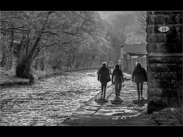 Canalside stroll by jcolind