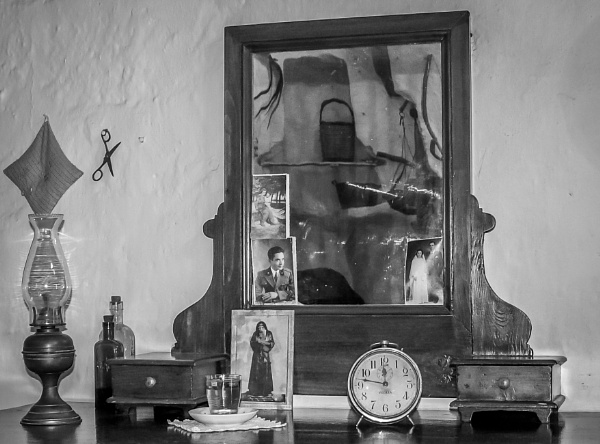 Dressing table by jimlad