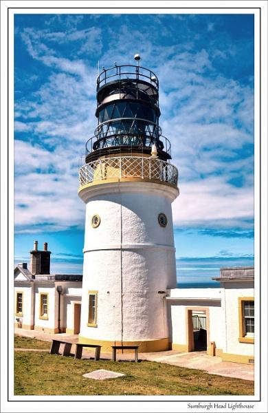 Sumburgh Head Lighthouse - Shetland by Robert51