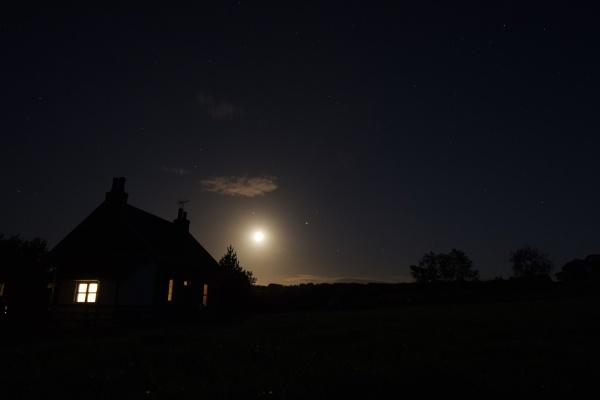 Moon shot by 64Peteschoice