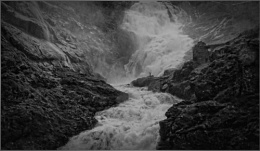 Kjosfossen Waterfall (11)