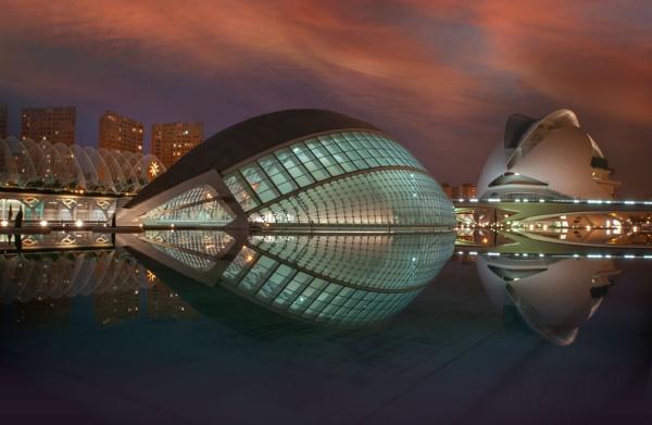 Santiago Calatrava - Valencia by answersonapostcard