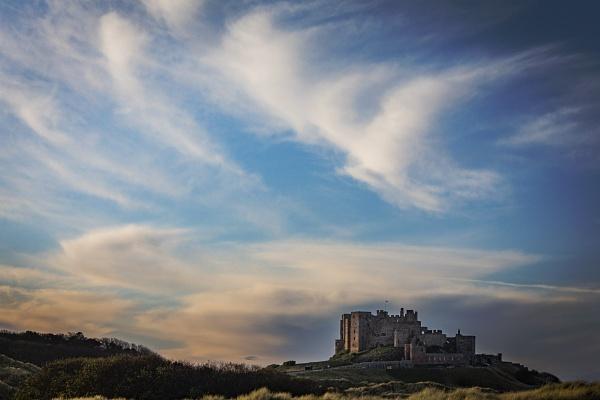 Big sky, Bamburgh by CanonMan