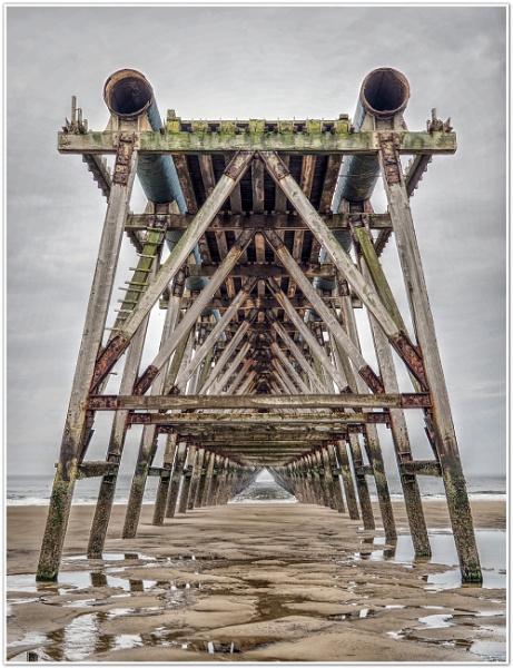 Steetley Pier by DaveRyder