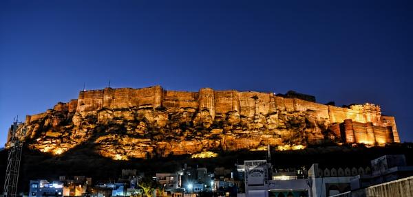 Mehrangarh Fort......evening illumination by sawsengee