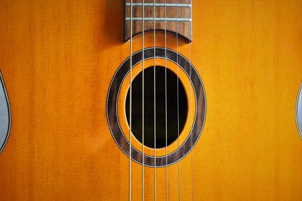 strings and circules by HoneyT