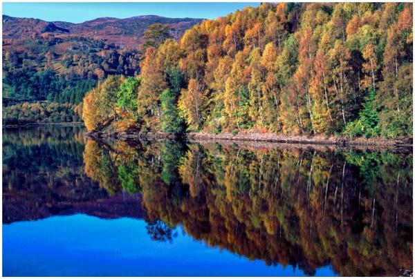 Autumn, Loch Tummel by mac