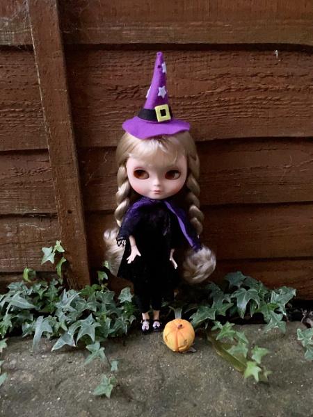 Happy halloween by LyraEvangelineBlythe