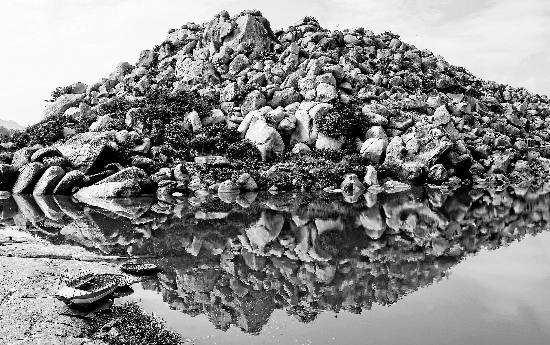Hampi.....the city of boulders