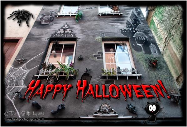 Happy Halloween! by TrevBatWCC