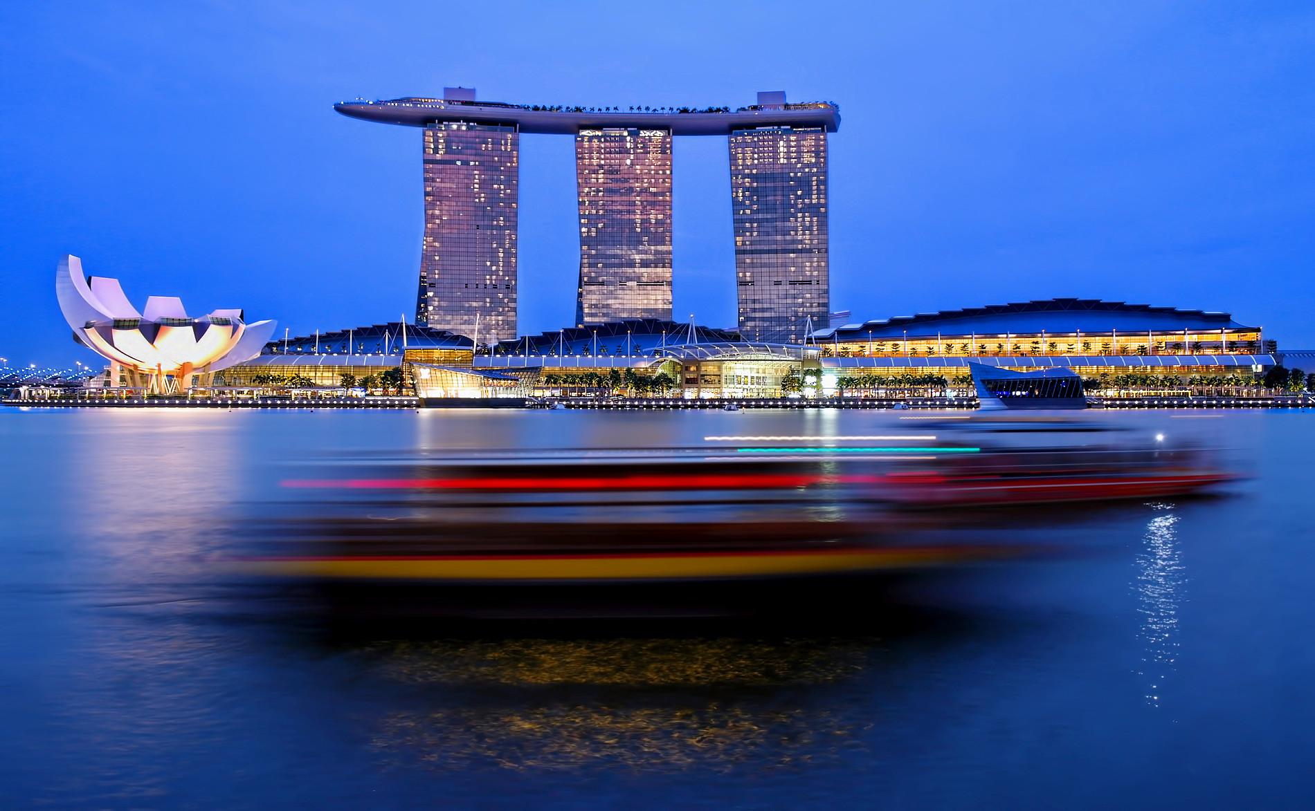 Singapore Marina Bay blue hour