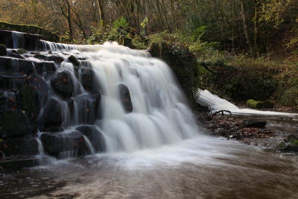 Sunnyhurst Waterfall by philtaylorphoto