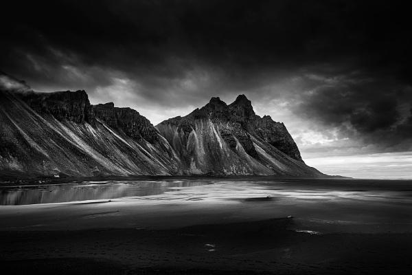 Vestrahorn Mountain II by Diggeo