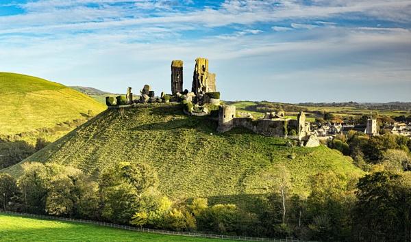 Corfe Castle by DTM