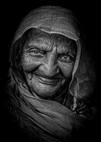 Matriarch of Pushkar 2 by sawsengee
