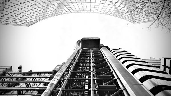 Lloyd's of London by Chriscox