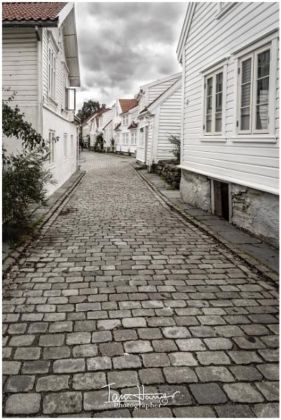 Stavanger street scene by IainHamer