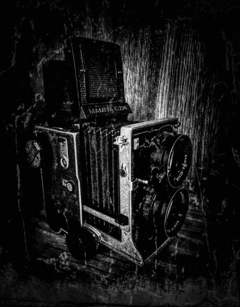 Vintage or Retro by adagio
