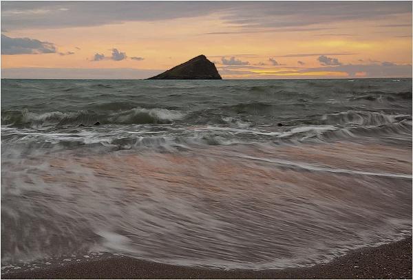 Receding tide by Snaphappyannie