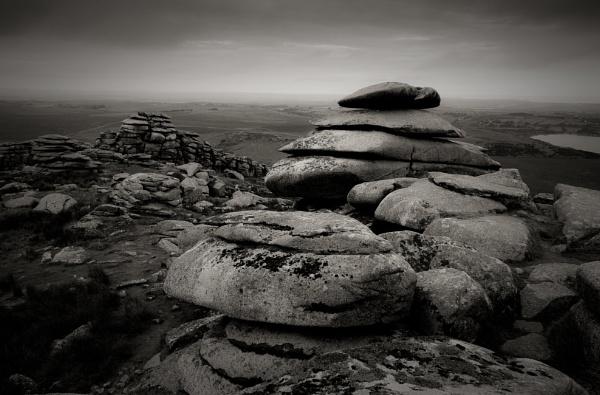 Rough Tor, Bodmin Moor, Cornwall. by minelab