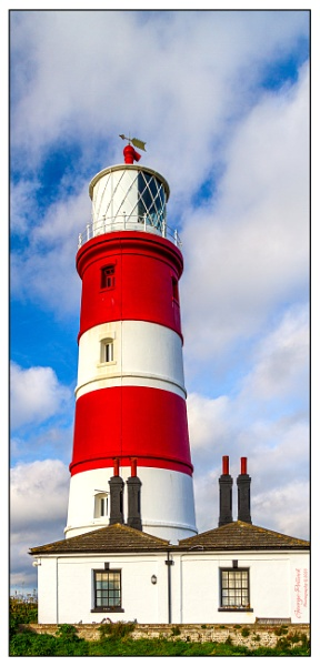 Happisburgh Lighthouse by airfreq