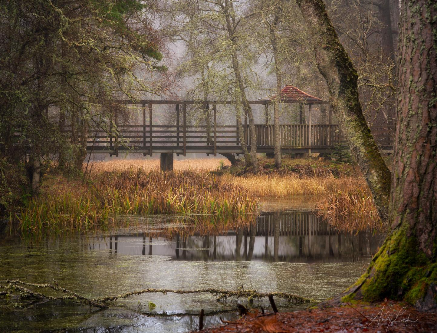 Mist on Loch Dunmore