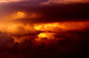 Extraordinary sky moments ...