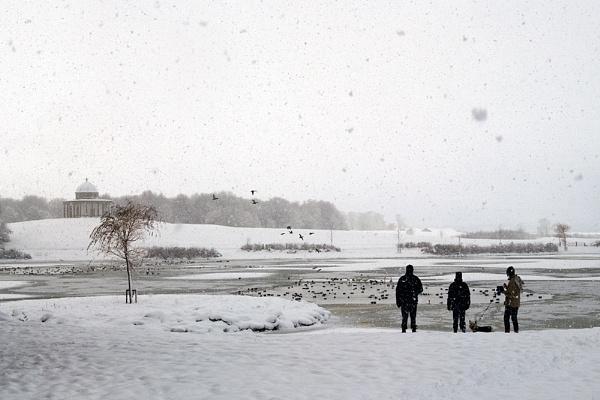 winter walkies by kenwil