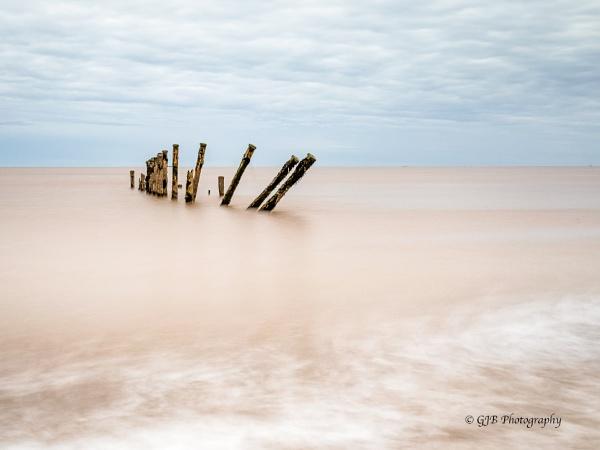 Minimalist seascape by Birdie58
