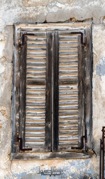 Weathered Shutter by IainHamer