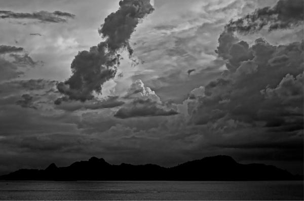 Langkawi sunset by KingBee