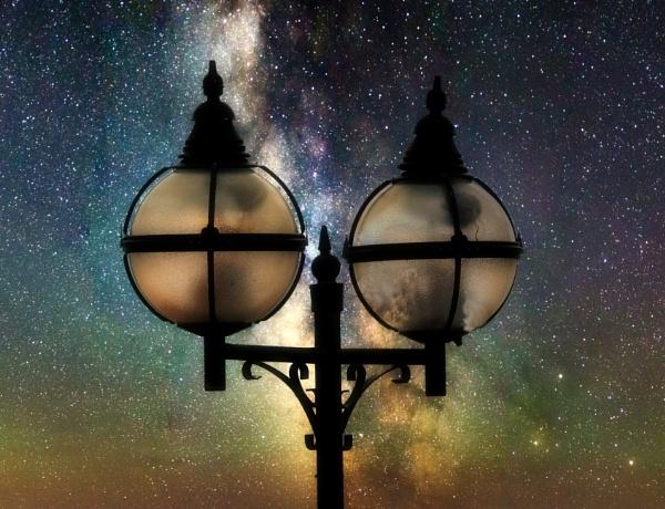 Night Light. by paulbroad
