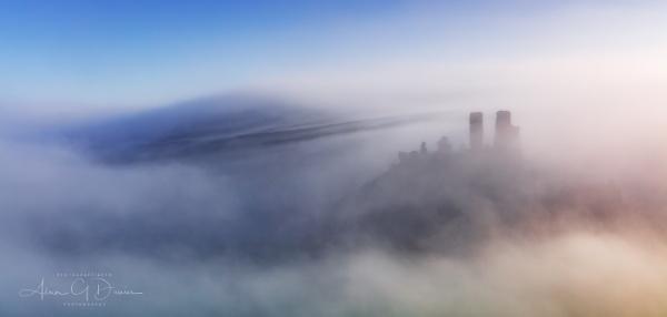 Evidently a Mist-story..... by Tynnwrlluniau