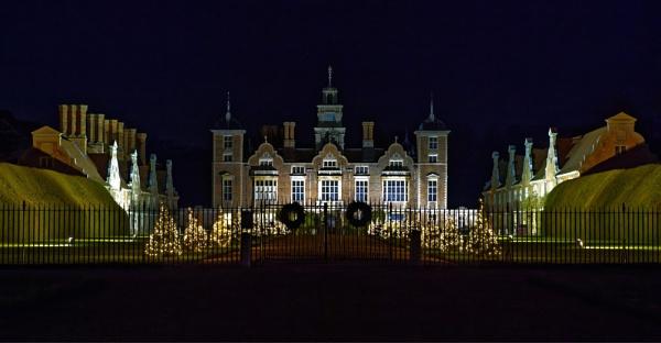 Blickling Hall, Christmas 2015 by pdunstan_Greymoon