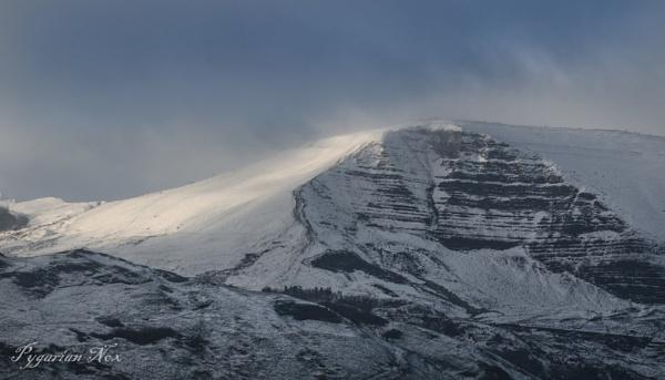 Shivering Mountain by Pygar