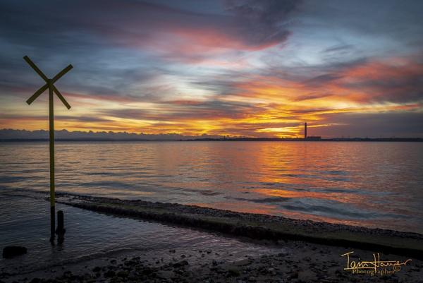 Solent Sunset 2 by IainHamer