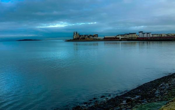 Platinum Point, Newhaven, Edinburgh. by Pinarellopete