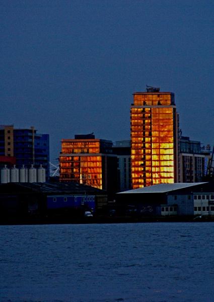 Capital Sunset by dusky